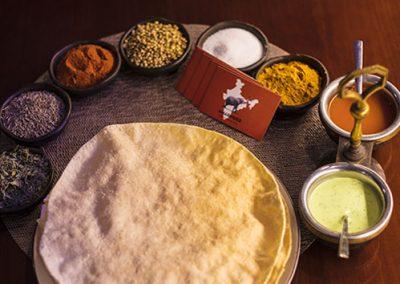 AMARINDER-restaurante-indio-MESA-1